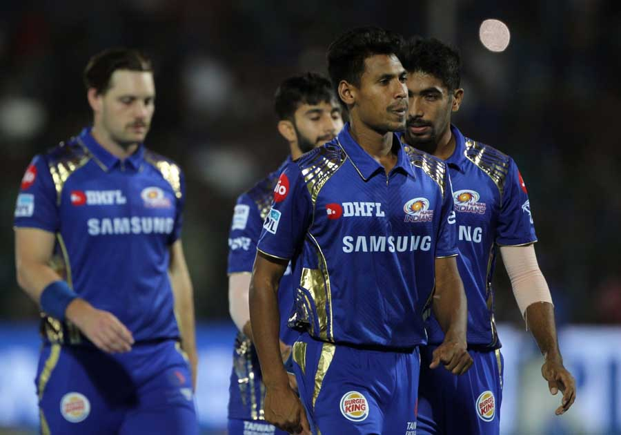 Mustafizur Rahman Of Mumbai Indians During An IPL 2018 Match Images in Hindi