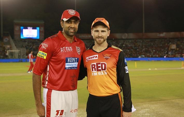 kings XI punjab opt to bowl vs Sunrisers Hyderabad