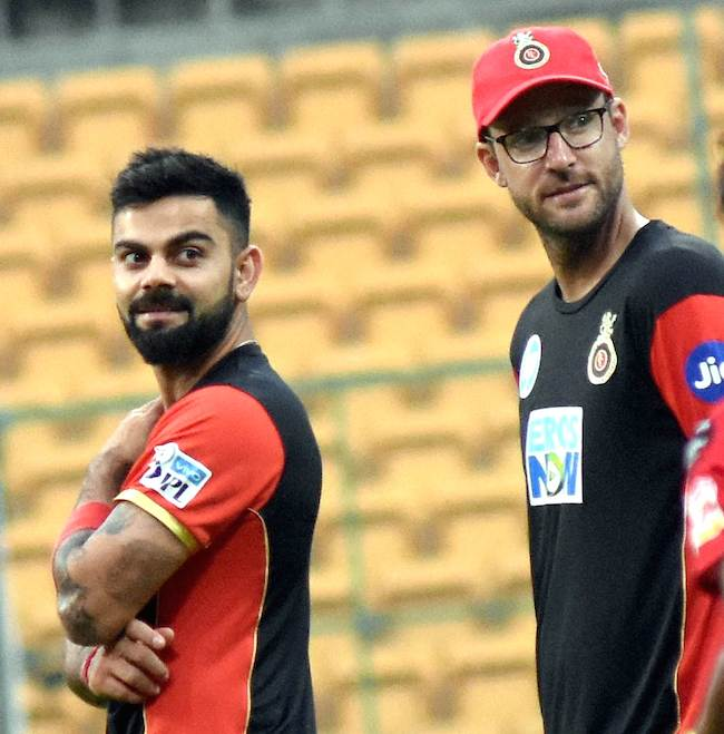Virat Kohli And Daniel Vettori Images in Hindi