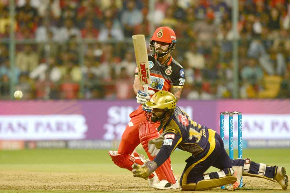 Oyal Challengers Bangalores Virat Kohli In Action During An IPL 2018 Match Images