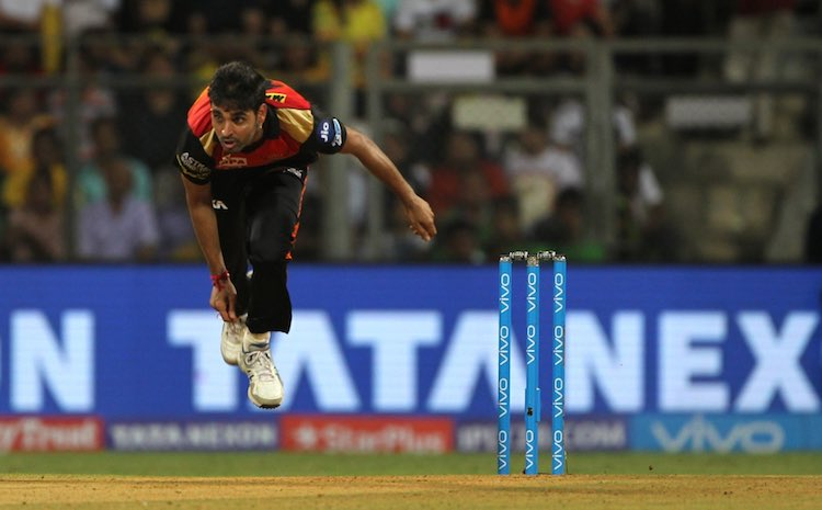 Bhuvneshwar Kumar1 Images in Hindi