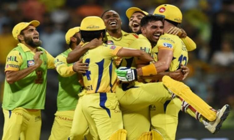 पूर्व महान दिग्गज ने की भविष्यवाणी, इस कारण CSK की टीम जीतेगी आईपीएल 2018 का खिताब Images