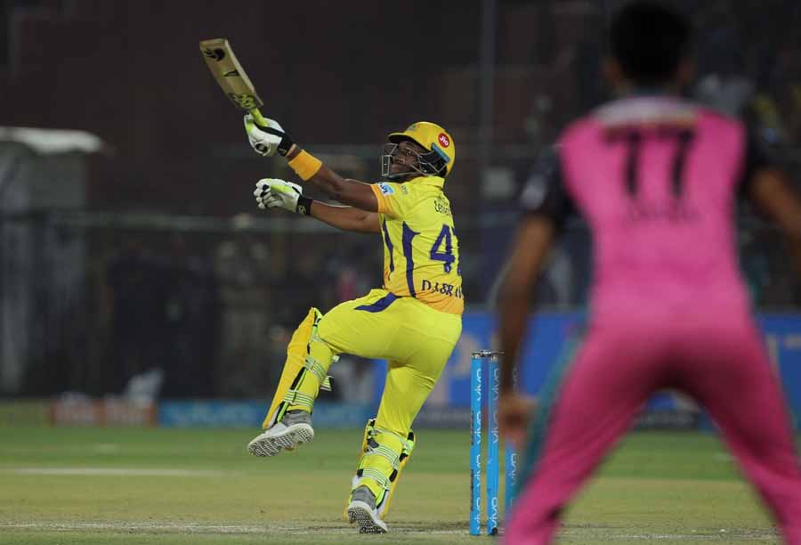 Chennai Super Kings Dwayne Bravo In Action During An IPL 2018 Images in Hindi