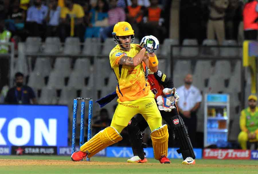 Chennai Super Kings Faf Du Plessis In Action During The First Qualifier Match Of IPL 2018 Match Imag in Hindi