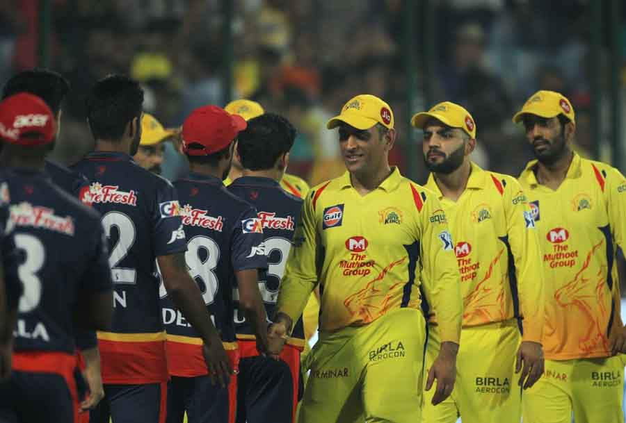 Chennai Super Kings Captain MS Dhoni Greets Delhi Daredevils After An IPL 2018 Match At Feroz Shah K