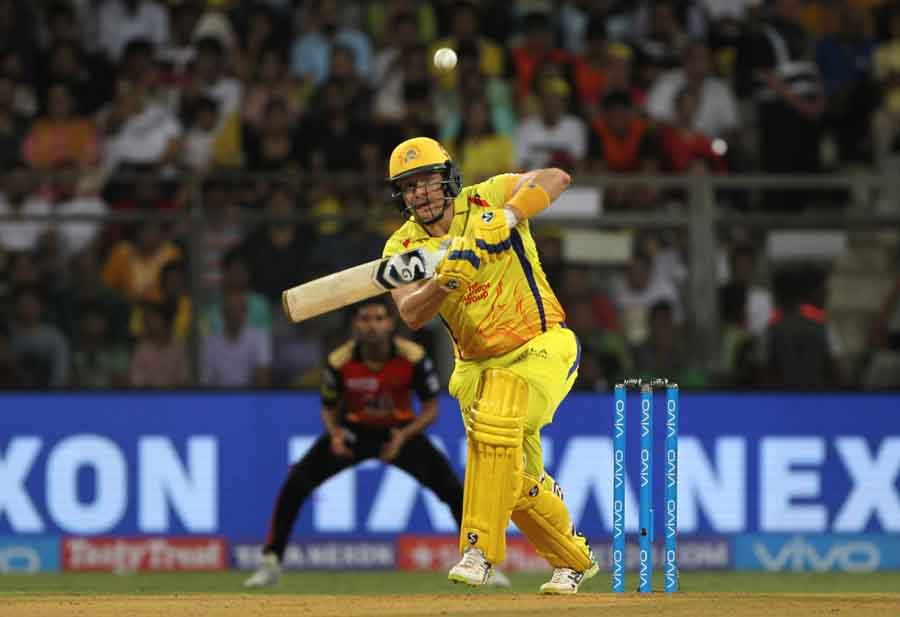 Chennai Super Kingss Shane Watson In Action During The Final Match Of IPL 2018 Match Images in Hindi