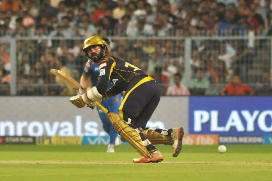 Dinesh Karthik Of Kolkata Knight Riders In Action During The Eliminator Match Of IPL 2018 Game Image