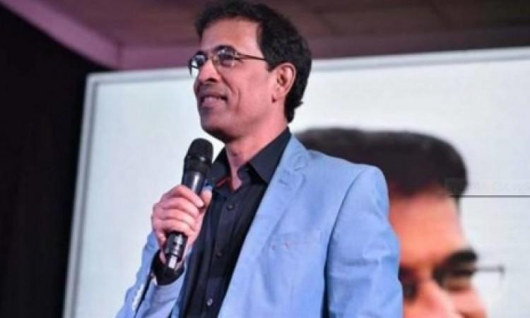 फाइनल में CSK के पहुंचने पर हर्षा भोगले ने किया ऐसा ट्विट जिससे फैन्स का मिजाज बिगड़ा, लगा दी क्लास