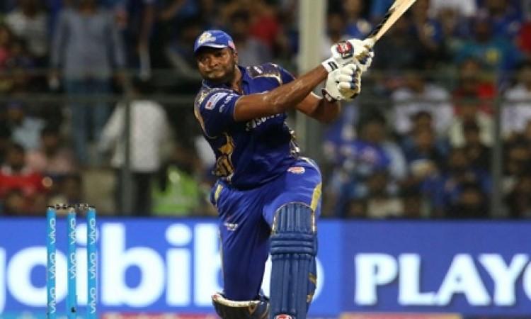 पोलार्ड की धमाकेदार पारी के बल पर मुंबई इंडियंस ने KXIP को 187  रनों का दिया टारगेट Images