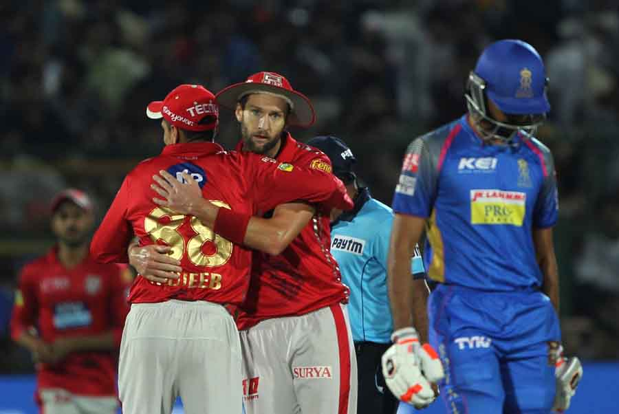 Kings XI Punjabs Andrew Tye Celebrates Fall Of Jaydev Unadkats Wicket During An IPL 2018 Images