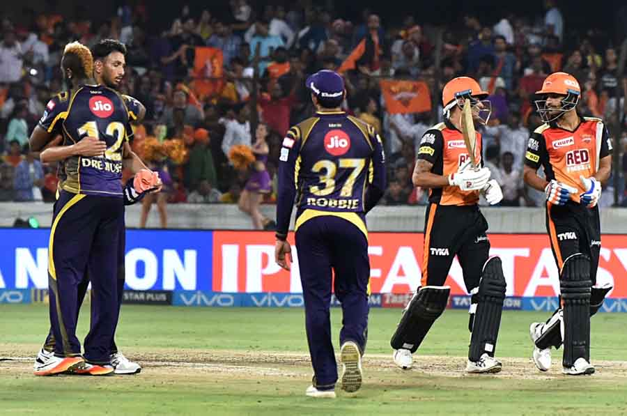 Kolkata Knight Riders Prasidh Krishna During An IPL 2018 Match Images in Hindi