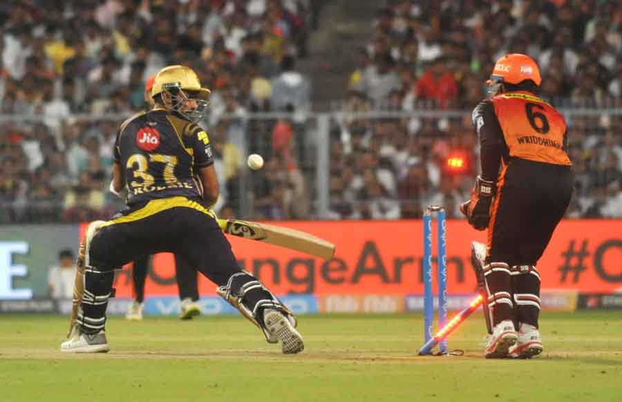 Kolkata Knight Riders Robin Uthappa Gets Dismissed During The Qualifier 2 Match Of IPL 2018 Images