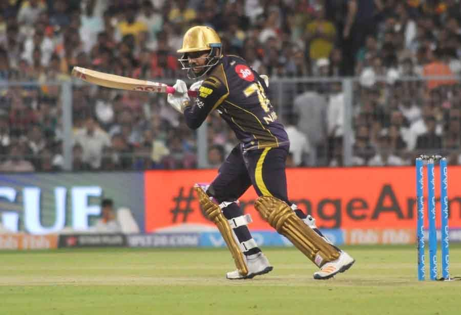 Kolkata Knight Riders Sunil Narine In Action During The Qualifier 2 Match Of IPL 2018 Images in Hindi