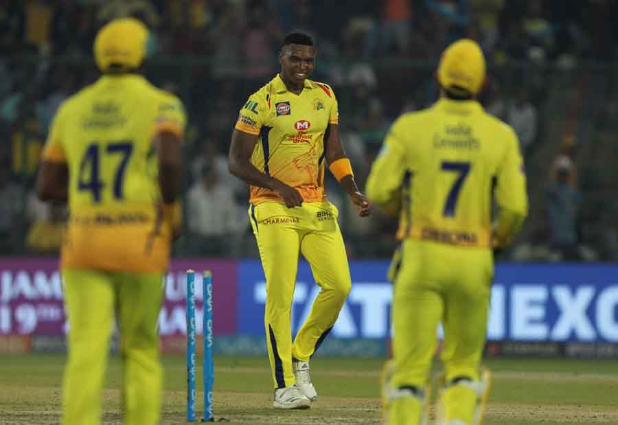 Lungisani Ngidi Of Chennai Super Kings Celebrates Fall Of Shreyas Iyers Wicket During An IPL 2018 Ma in Hindi