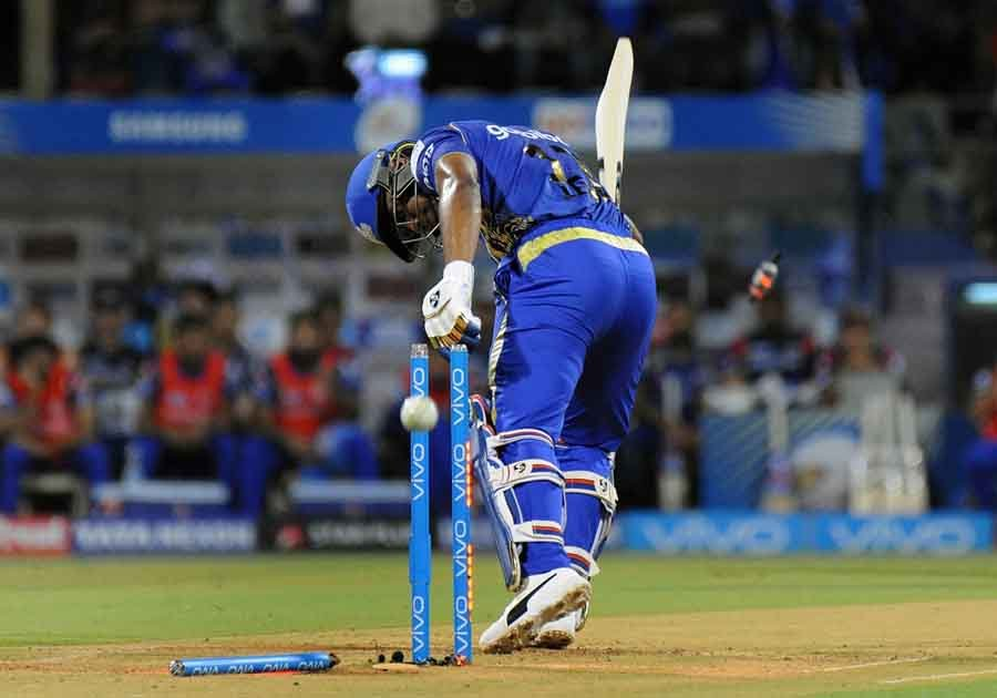 Mumbai Indians Evin Lewis In Action During An IPL 2018 Match1 Images in Hindi