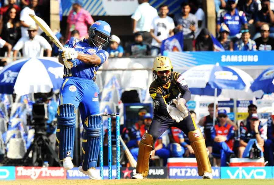 Mumbai Indians Evin Lewis In Action During An IPL Match 2018 Images in Hindi