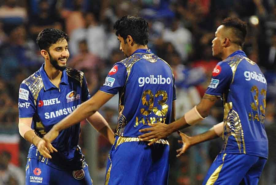 Mumbai Indians Jasprit Bumrah Celebrates Fall Of Aron Finchs Wicket During An IPL 2018 Match Images