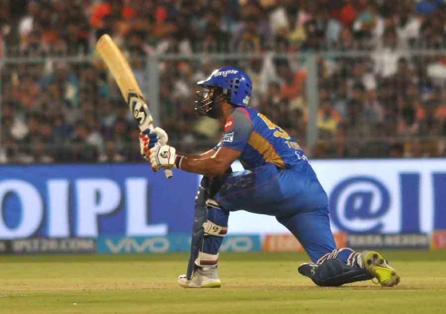 Rajasthan Royals Rahul Tripathi In Action During An IPL 2018 Match Images in Hindi
