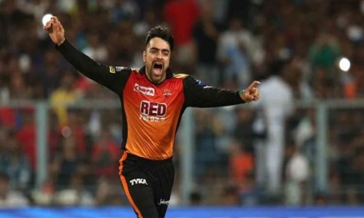 राशिद खान की गेंदबाजी देखकर चौंक गया क्रिकेट का भगवान, कह दी चौंकाने वाली बात Images