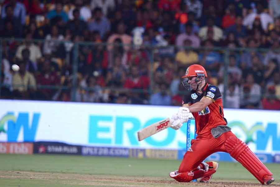 Royal Challengers Bangalores AB De Villiers In Action During An IPL 2018 Match Images in Hindi