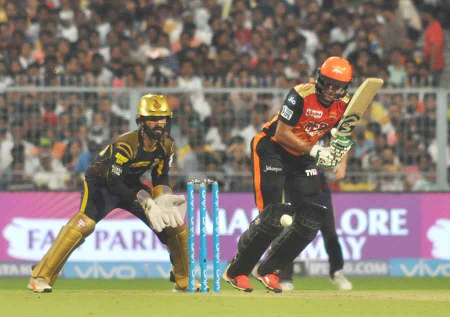 Shakib Al Hasan Of Sunrissers Hyderabad In Action During The Qualifier 2 Match Of IPL 2018 Images