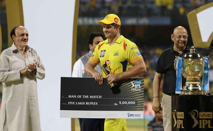 Shane Watson Of Chennai Super Kings Receives Man Of The Match Award After Winning IPL 2018 Match Ima