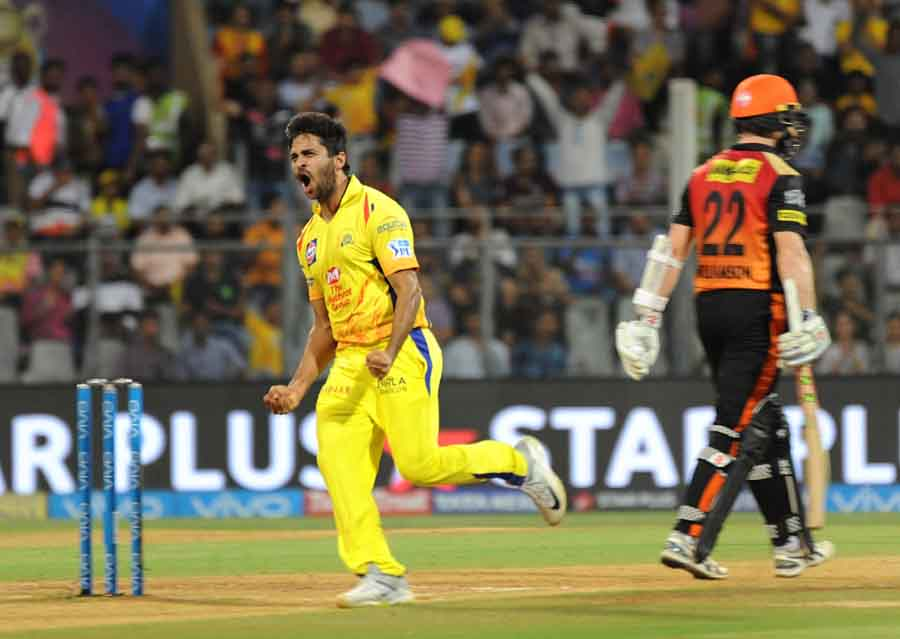 Shardul Thakur Of Chennai Super Kings Celebrates The Fall Of Kane Williamsons Wicket During The Firs