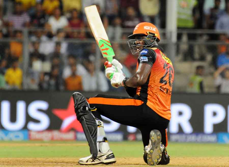 Sunrisers Hyderabads Carlos Brathwaite In Action During The First Qualifier Match Of IPL Match 2018  in Hindi