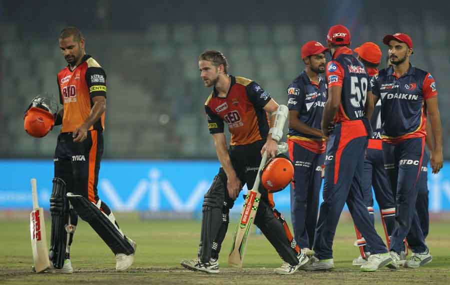 Sunrisers Hyderabads Kane Williamson And Shikhar Dhawan Celebrate After Winning An IPL 2018 Images