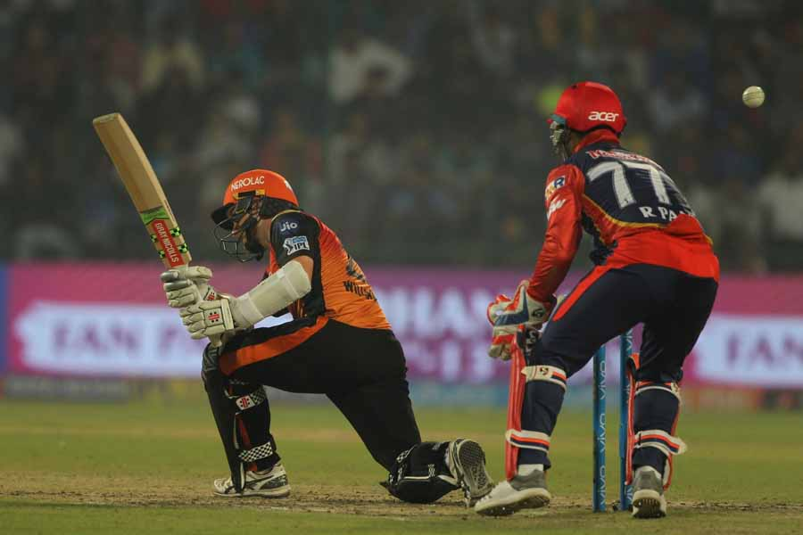 Sunrisers Hyderabads Kane Williamson In Action During An IPL 20181 Images in Hindi