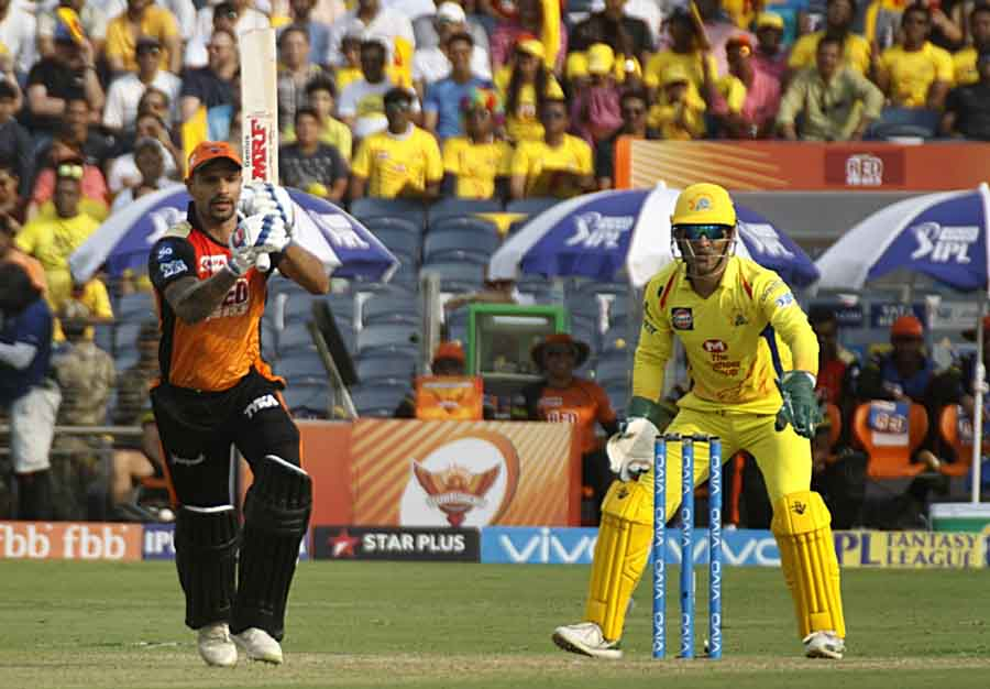 Sunrisers Hyderabads Shikhar Dhawan In Action During An IPL Match 2018 Images in Hindi