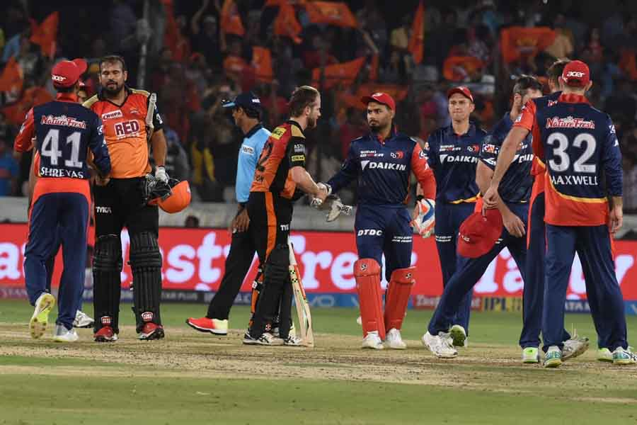 Sunrisers Hyderabads Yusuf Pathan And Kane Williamson After Winning An IPL 2018 Images