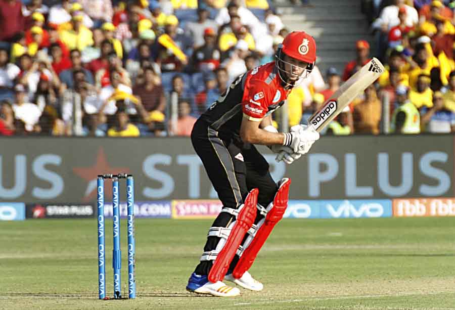 Tim Southee Of Royal Challengers Bangalore In Action During An IPL 2018 Images in Hindi