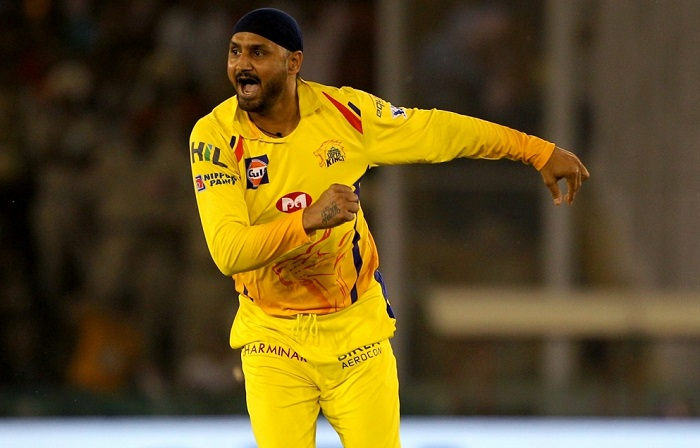 I don't want to retire now says Harbhajan Singh