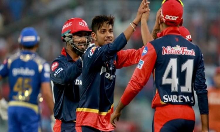 दिल्ली डेयरडेविल्स 11 रन से जीता, मुंबई इंडियंस प्लेऑफ की रेस से बाहर Images