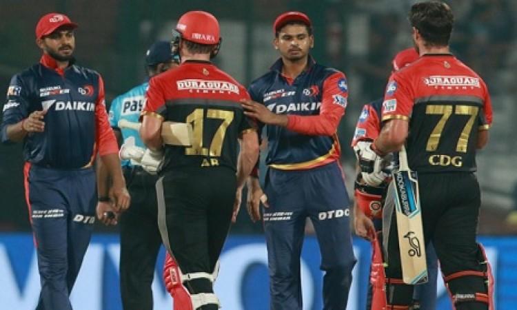दिल्ली डेयरडेविल्स के कप्तान श्रेयस अय्यर हार के बाद हुए निराश, इन खिलाड़ियों को बताया विलेन Images