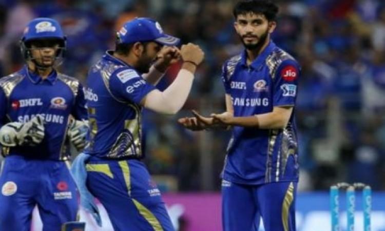 मयंक मारकंडे  के साथ आईपीएल 2018 में हुआ कुछ ऐसा जो कभी नहीं भूलेंगे Images