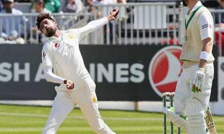 बेहतरीन स्विंग गेंदबाजी ना कर पाने को लेकर मोहम्मद आमिर का चौंकाने वाला बयान Images