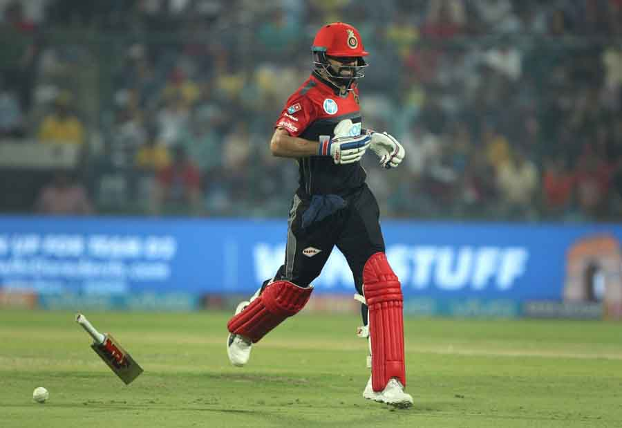 Oyal Challengers Bangalores Virat Kohli During An IPL 2018 Images in Hindi