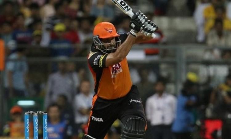 यूसुफ पठान की शानदार पारी के बल पर SRH ने चेन्नई को दिया 179 रनों का लक्ष्य Images