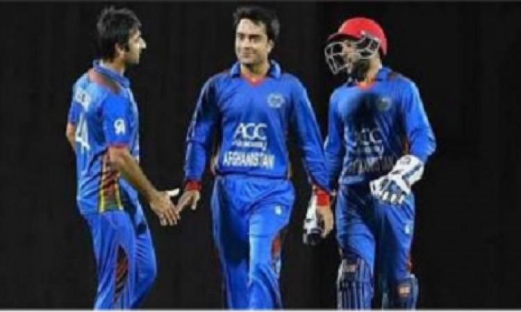 अफगानिस्तान की टीम का कमाल, पहले टी- 20 में बांग्लादेश को 45 रनों से दी मात Images