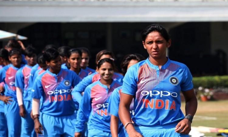 harmanpreet kaur stars in Team Indian win