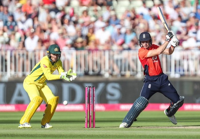 Jos Buttler fifty powers England  to 221 runs