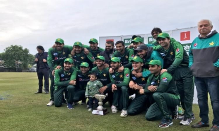 दूसरे टी- 20 में भी पाकिस्तान का दिखा कमाल, स्कॉटलैंड को 84 रनों से दी मात Images