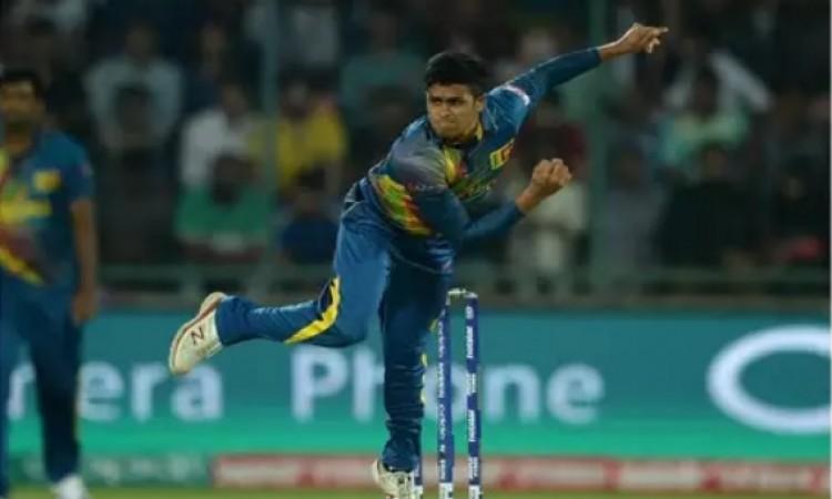 वेस्टइंडीज दौरे से अचानक से बाहर  हुआ यह श्रीलंकाई स्पिनर, कारण हैरान करने वाला Images
