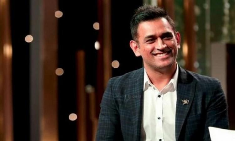 धोनी से मिलकर खुश हुआ यह बॉलीवुड अभिनेता, ट्विटर पर लिख डाली दिल जीतने वाली बात Images