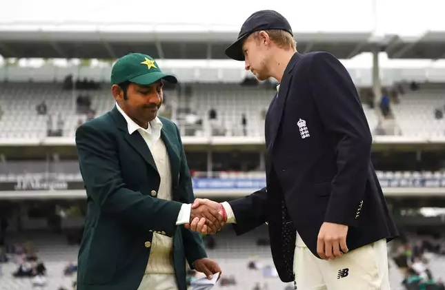 Pakistan opted to bat first vs England in second test