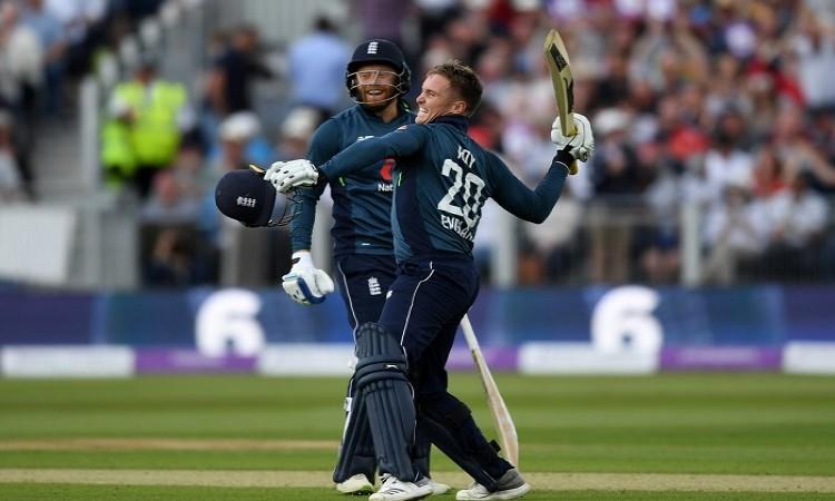England beat Australia by 6 wickets in fourth odi