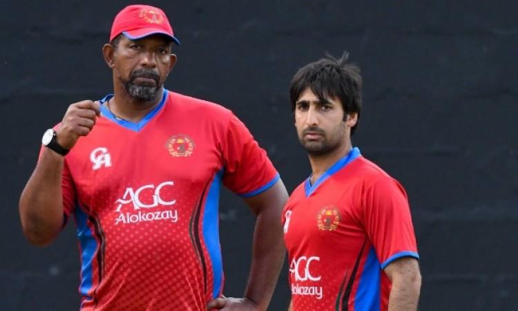 भारत के खिलाफ टेस्ट मैच से पहले अफगानिस्तान के कोच फिल सिमंस ने ऐसा कहकर रचा 'चक्रव्यूह' Images