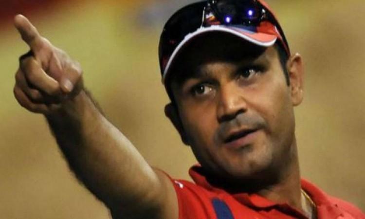 सहवाग का खुलासा, WC 2011 के फाइनल में धोनी को पहले बल्लेबाजी कराने का फैसला इस दिग्गज का था Images